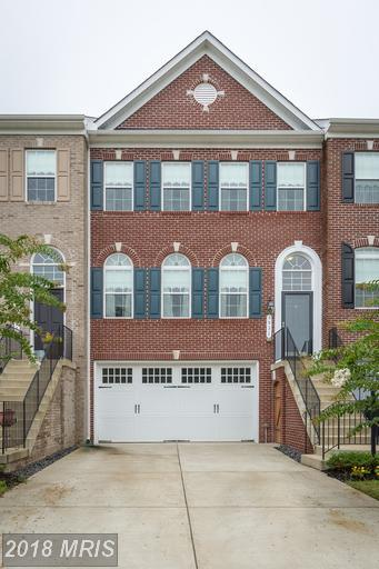 5931 Riverside Drive, Woodbridge, VA 22193 (#PW10345531) :: The Maryland Group of Long & Foster