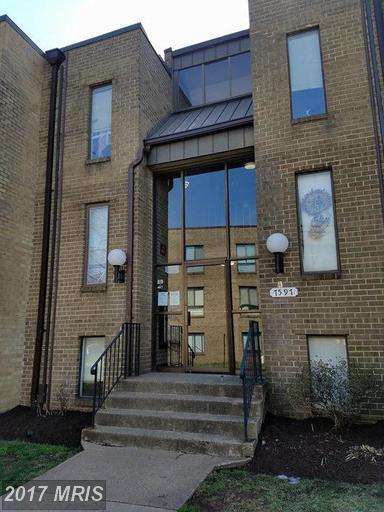 7597 Gales Court 7A 202, Manassas, VA 20109 (#PW9891494) :: LoCoMusings