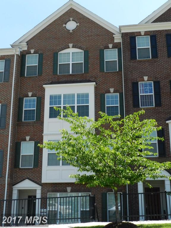 15364 Kensington Park Drive, Woodbridge, VA 22191 (#PW9953170) :: LoCoMusings