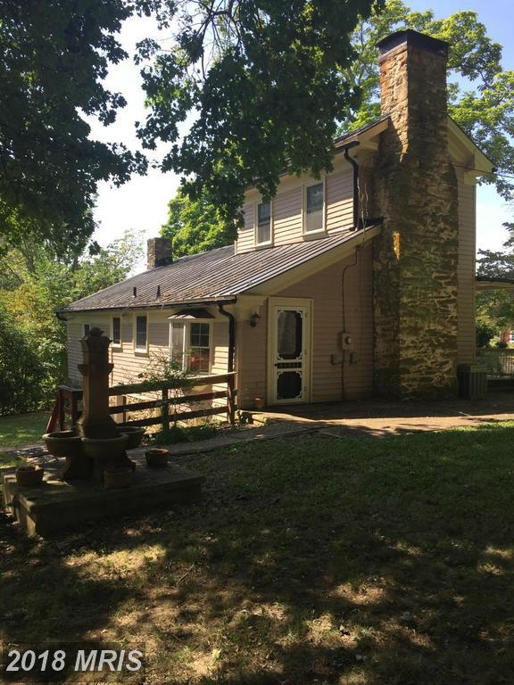 588 Zachary Taylor Highway, Flint Hill, VA 22627 (#RP9871504) :: Pearson Smith Realty