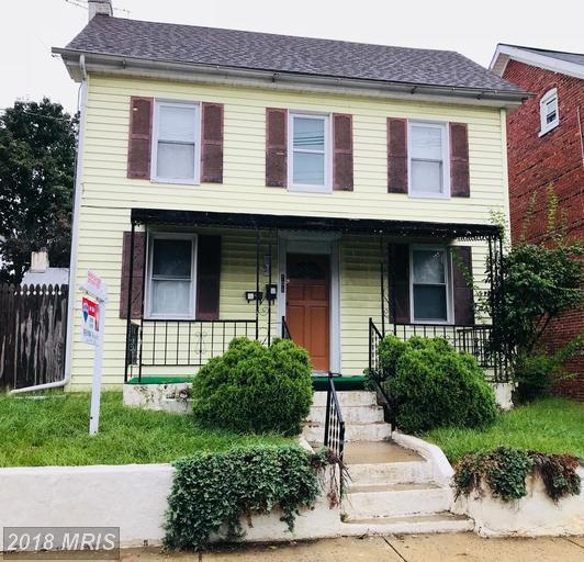 106 Fairground Avenue, Hagerstown, MD 21740 (#WA10342099) :: The Maryland Group of Long & Foster