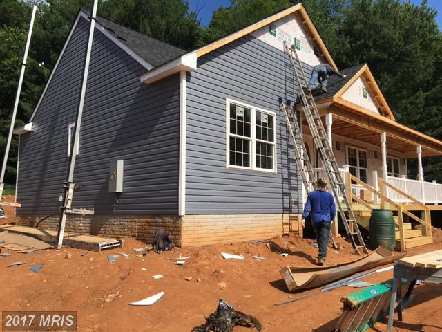 6773 John Barton Payne Road, Marshall, VA 20115 (#FQ9856935) :: LoCoMusings