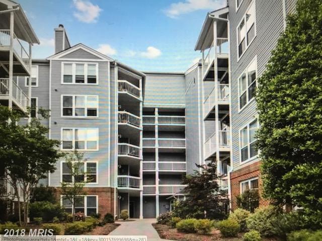3176 Summit Square Drive 4-E9, Oakton, VA 22124 (#FX10291101) :: Pearson Smith Realty