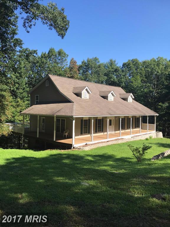 885 Mountain Heritage Estates Road, Slanesville, WV 25444 (#HS10062528) :: LoCoMusings