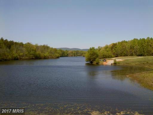 4 Reservoir Lane, Gordonsville, VA 22942 (#LA9782270) :: Pearson Smith Realty