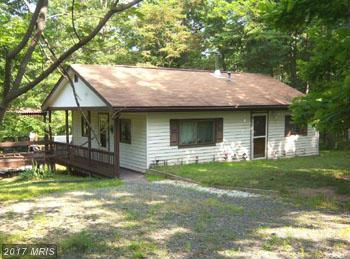 250 Trevor Drive, Great Cacapon, WV 25422 (#MO8413515) :: Pearson Smith Realty