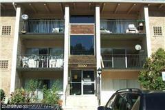 5500 Karen Elaine Drive #906, New Carrollton, MD 20784 (#PG9724606) :: LoCoMusings