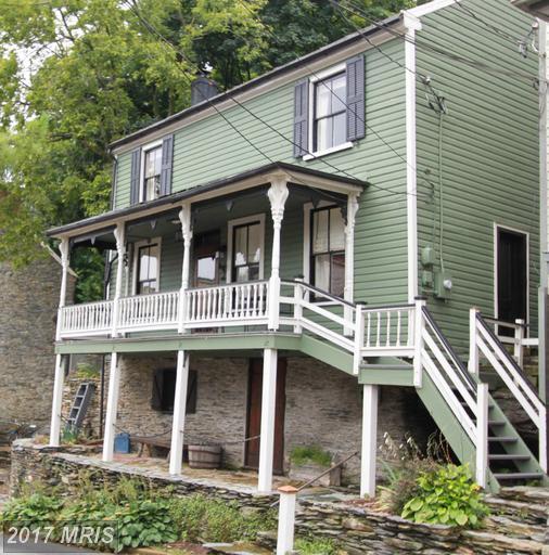 189 High Street, Harpers Ferry, WV 25425 (#JF9756937) :: LoCoMusings