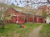 326 Gwinn Avenue - Photo 4