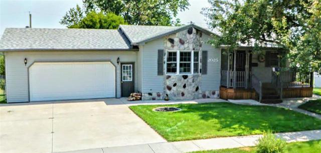 2025 12th Avenue, Belle Fourche, SD 57717 (MLS #60084) :: Christians Team Real Estate, Inc.