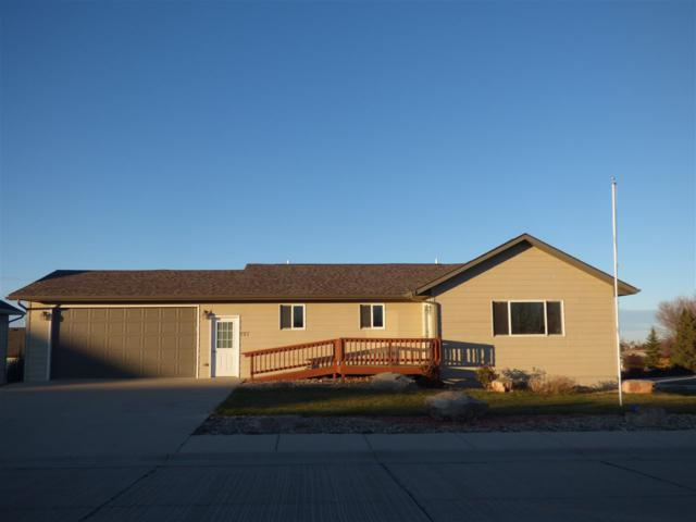 727 Taylor Ct, Belle Fourche, SD 57717 (MLS #60094) :: Christians Team Real Estate, Inc.