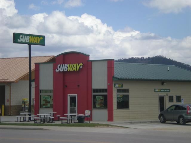 926 Mt. Rushmore Road, Custer, SD 57730 (MLS #60592) :: Christians Team Real Estate, Inc.