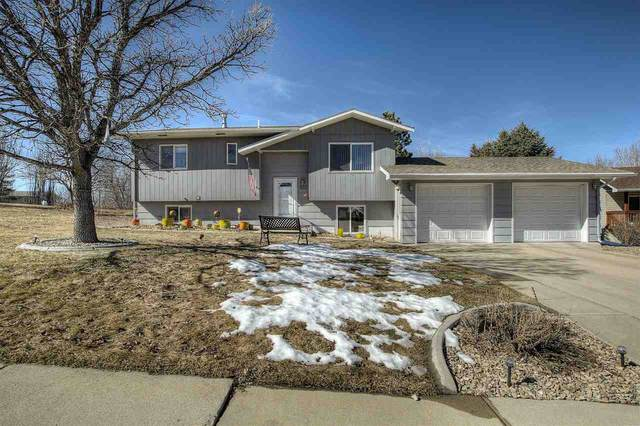 832 Fairview Drive, Belle Fourche, SD 57717 (MLS #63862) :: Christians Team Real Estate, Inc.
