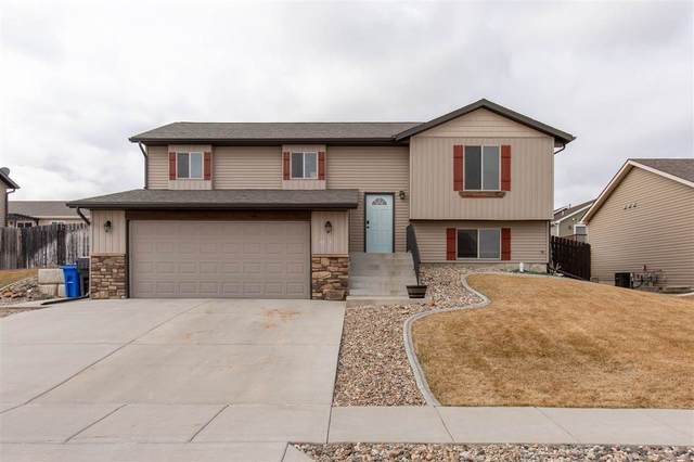 4735 Mandalay Lane, Rapid City, SD 57701 (MLS #64100) :: VIP Properties