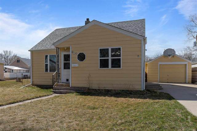 807 Holcomb Avenue, Rapid City, SD 57701 (MLS #67851) :: Christians Team Real Estate, Inc.