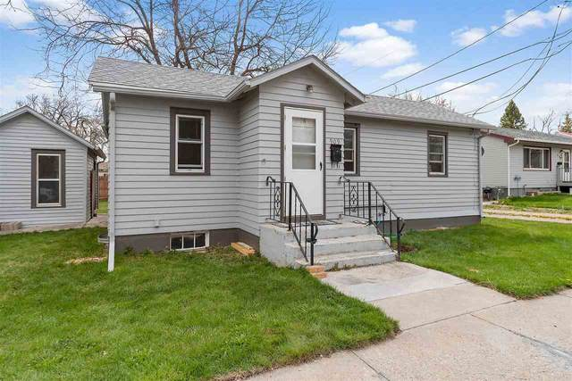 909 11th Avenue, Belle Fourche, SD 57717 (MLS #68178) :: Black Hills SD Realty