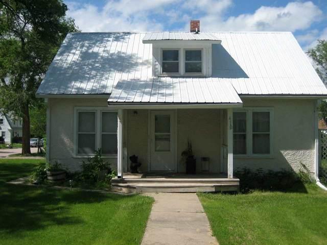 410 E Street, Edgemont, SD 57735 (MLS #68397) :: Dupont Real Estate Inc.