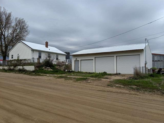 901 E Grand Crossing Street, MOBRIDGE, SD 57601 (MLS #60586) :: Christians Team Real Estate, Inc.