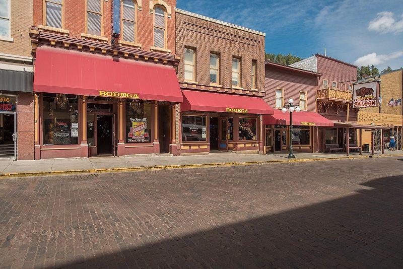 658 Main Street Street - Photo 1
