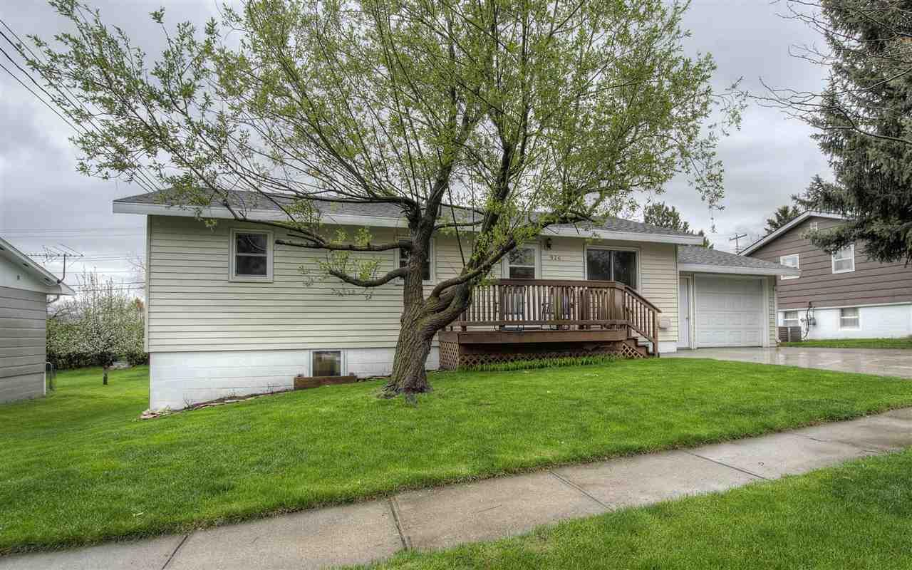 920 Pinedale Dr. - Photo 1