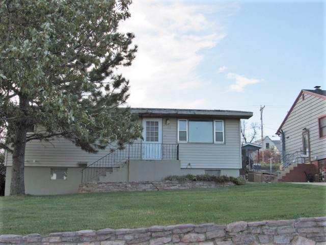 625 Saint Charles Street, Rapid City, SD 57701 (MLS #63026) :: Dupont Real Estate Inc.