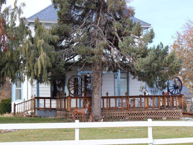 369 Upper Valley Road, Spearfish, SD 57783 (MLS #63121) :: Dupont Real Estate Inc.
