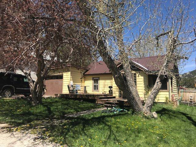 821 Montgomery Street, Custer, SD 57730 (MLS #64733) :: Christians Team Real Estate, Inc.