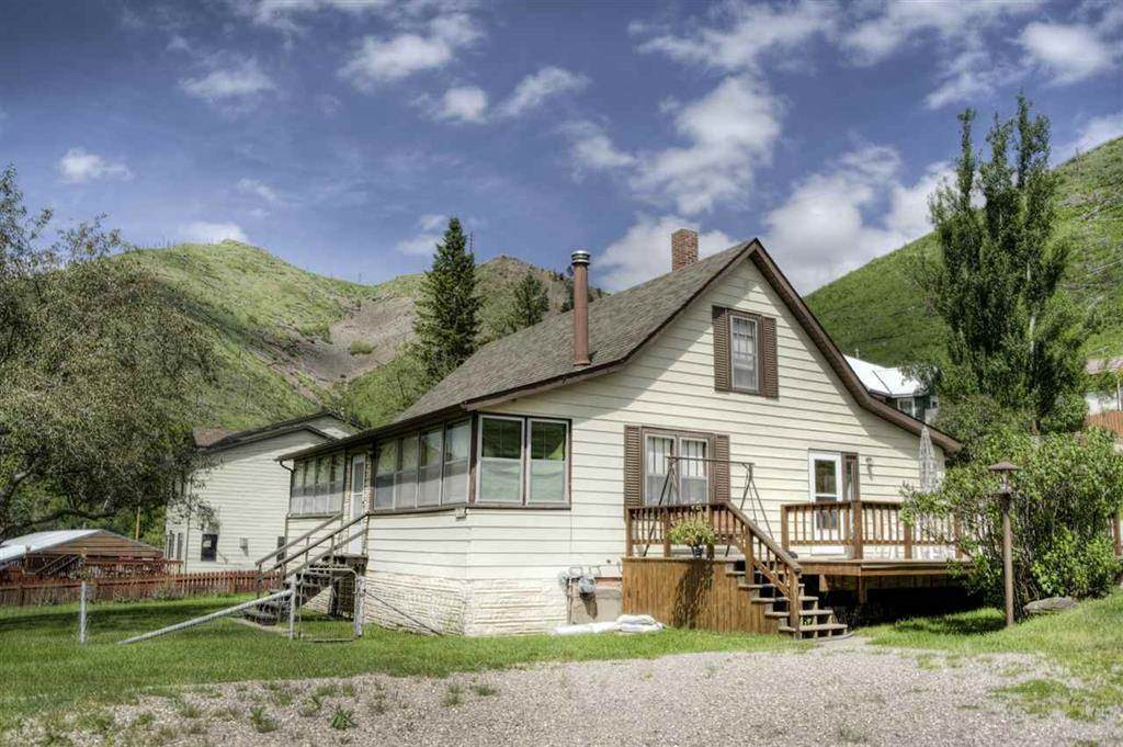 21092 Grizzly Gulch Road - Photo 1