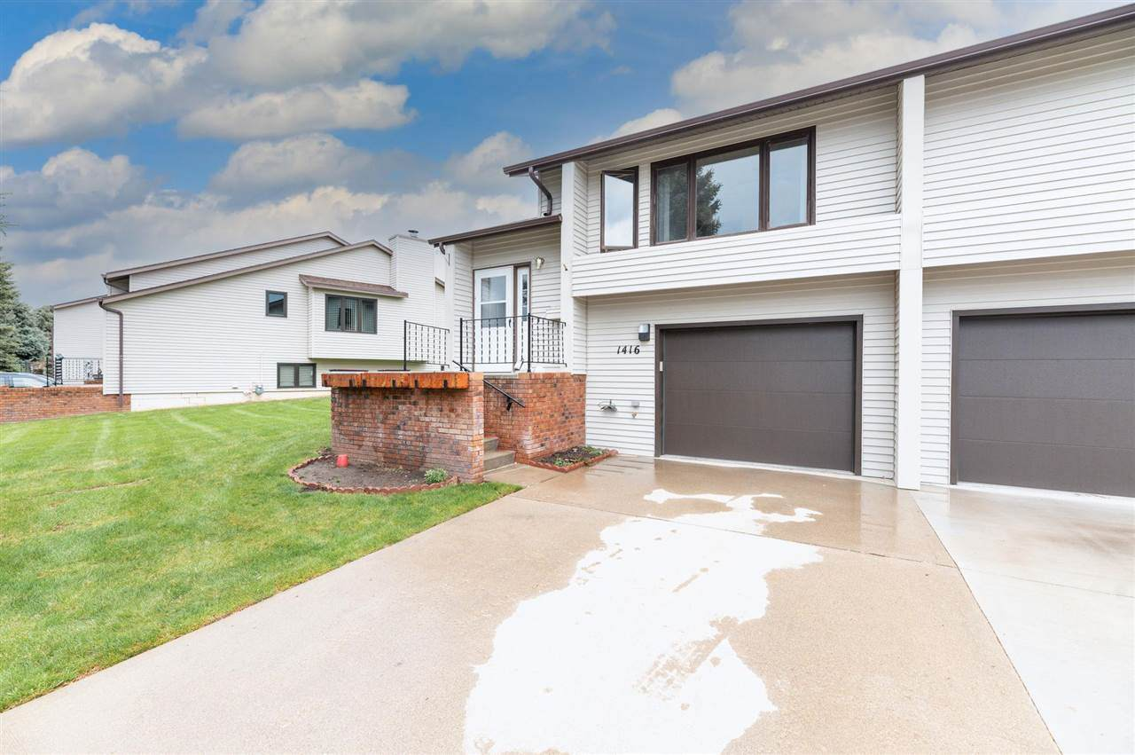 1416 Lookout Valley Court - Photo 1