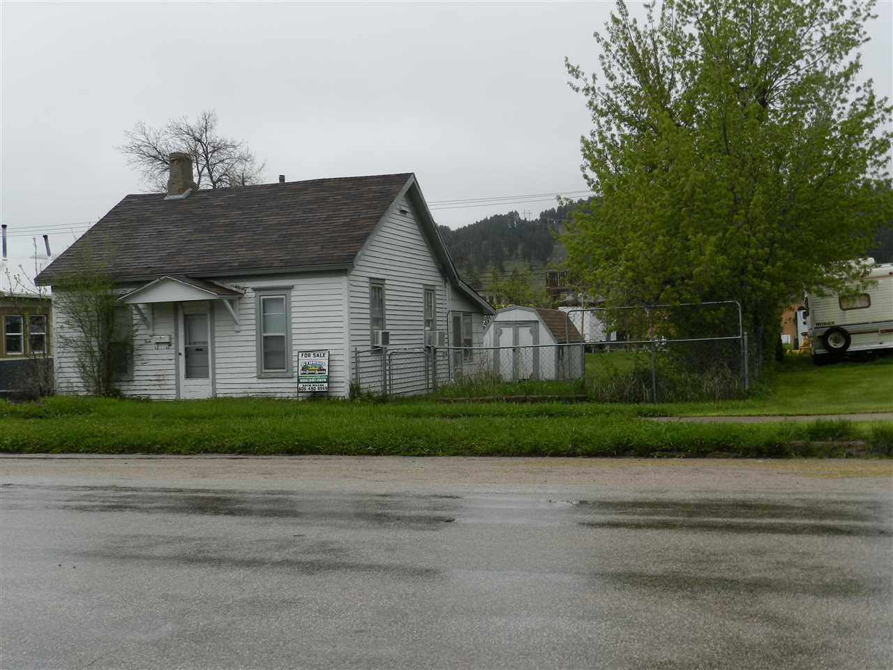 933 Sherman Street - Photo 1