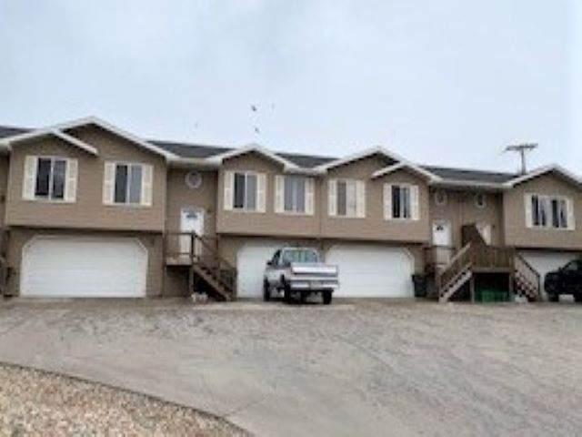 324 Summit Street, Belle Fourche, SD 57717 (MLS #67944) :: Christians Team Real Estate, Inc.