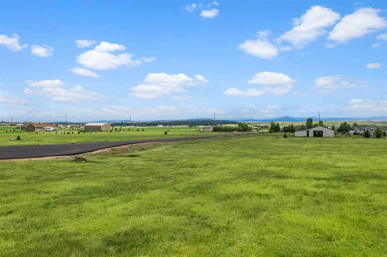 Lot 7 Prairie Vista Lane - Photo 1