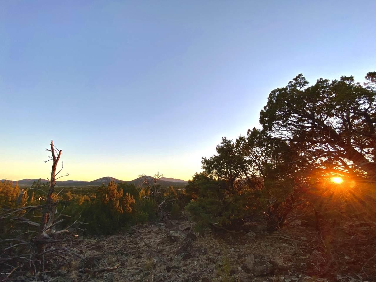 9614 Stagecoach Drive - Photo 1