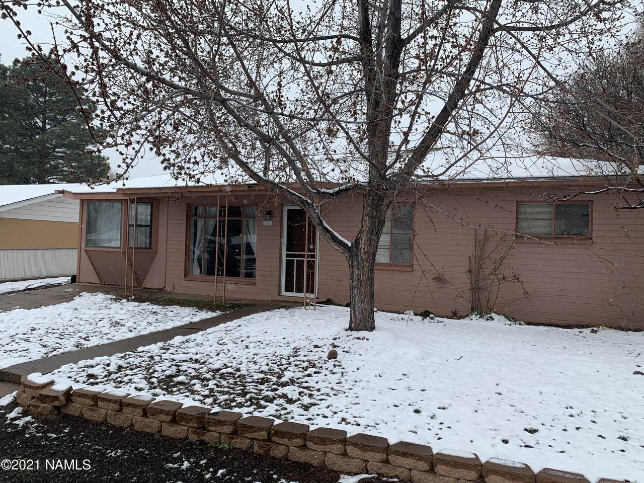 3015 Alta Vista Drive - Photo 1