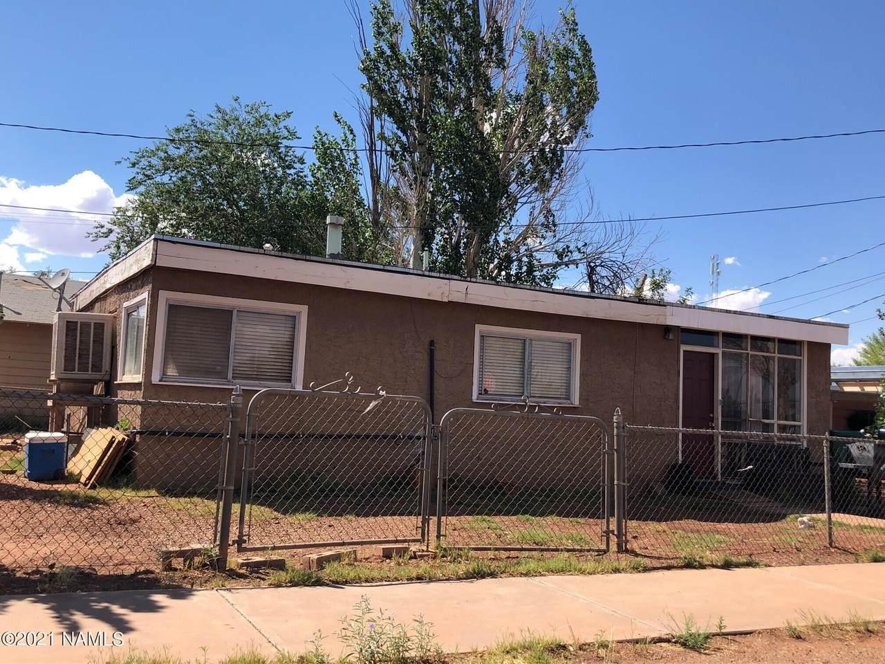 621 Colorado Avenue - Photo 1