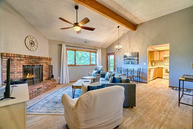 2821 Walnut Hills Drive #19, Flagstaff, AZ 86004 (MLS #182679) :: Keller Williams Arizona Living Realty