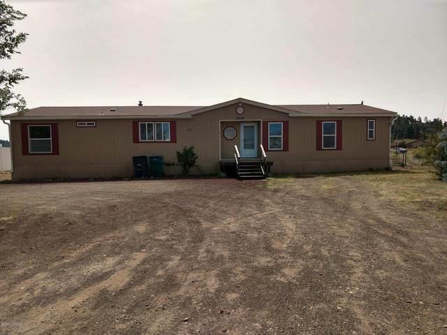 8340 Selma Lane, Flagstaff, AZ 86004 (MLS #183156) :: Keller Williams Arizona Living Realty