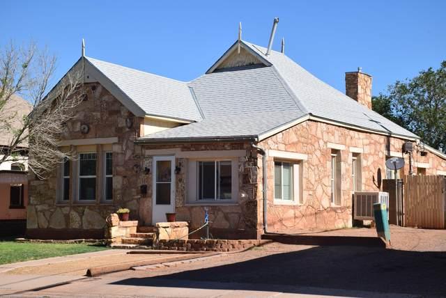 112 Aspinwall Street, Winslow, AZ 86047 (MLS #183353) :: Keller Williams Arizona Living Realty