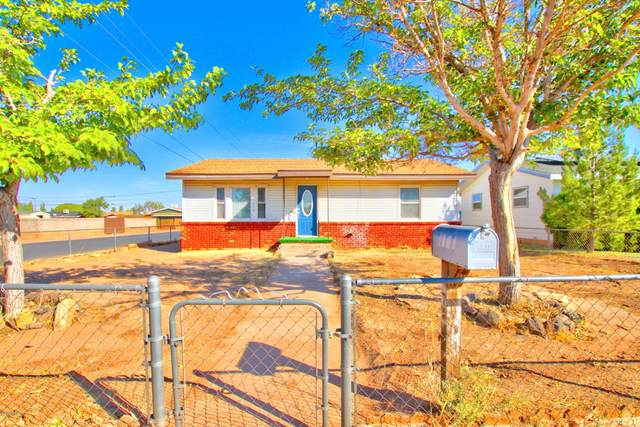 914 Fleming Street, Winslow, AZ 86047 (MLS #183431) :: Keller Williams Arizona Living Realty