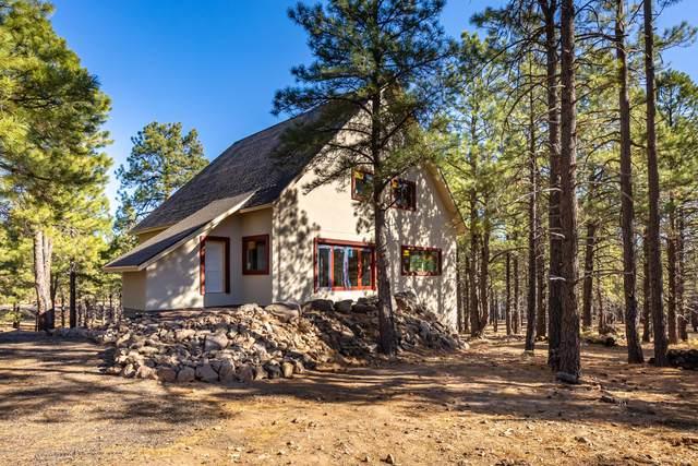 6250 Saskan Ranch Circle, Flagstaff, AZ 86001 (MLS #183990) :: Keller Williams Arizona Living Realty