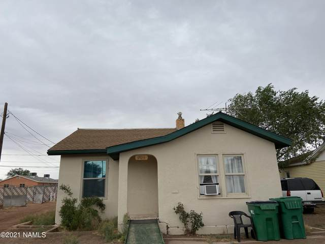 909 Williamson Avenue, Winslow, AZ 86047 (MLS #186317) :: Keller Williams Arizona Living Realty