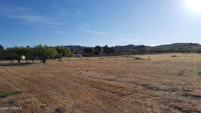 1090 E Amber Way #3, Camp Verde, AZ 86322 (MLS #186517) :: Keller Williams Arizona Living Realty