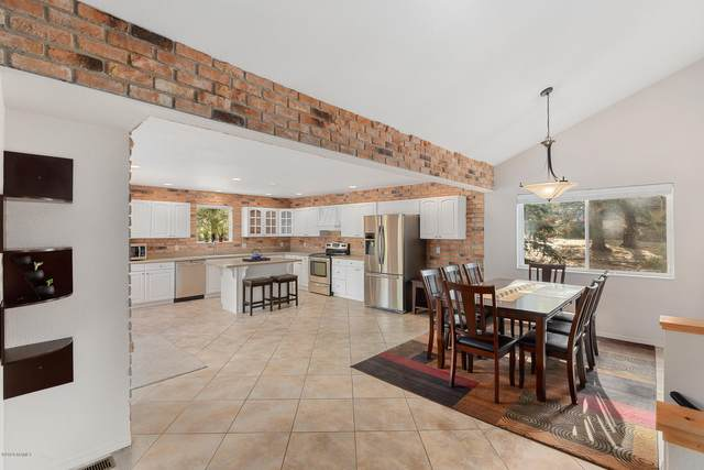 2780 Carefree Circle, Flagstaff, AZ 86004 (MLS #183967) :: Keller Williams Arizona Living Realty
