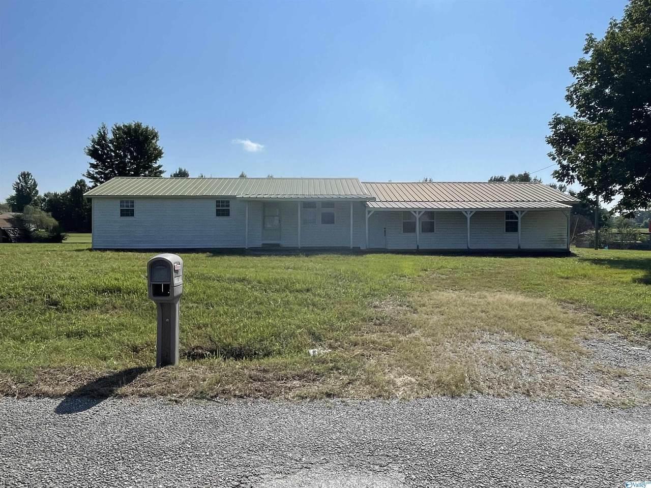 1038 County Road 138 - Photo 1