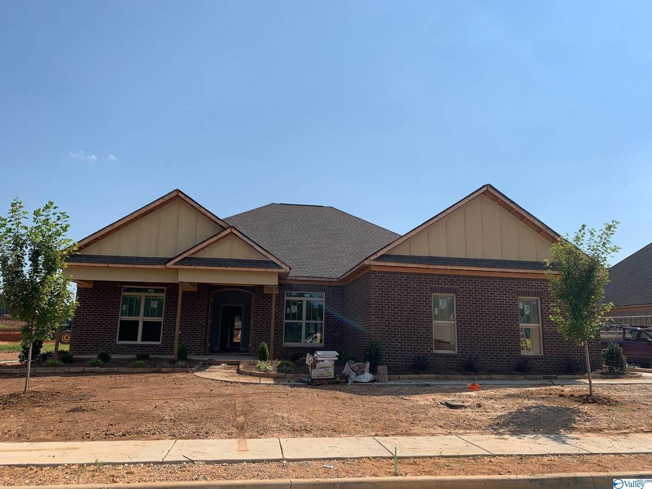 105 Goose Hill Bend - Photo 1