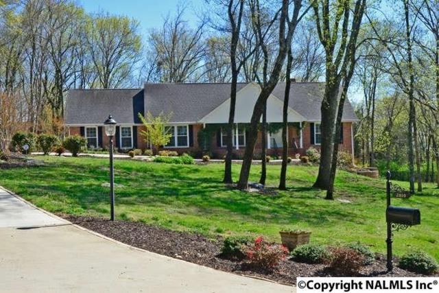 2010 Big Cove Road, Huntsville, AL 35801 (MLS #1065966) :: Amanda Howard Real Estate™