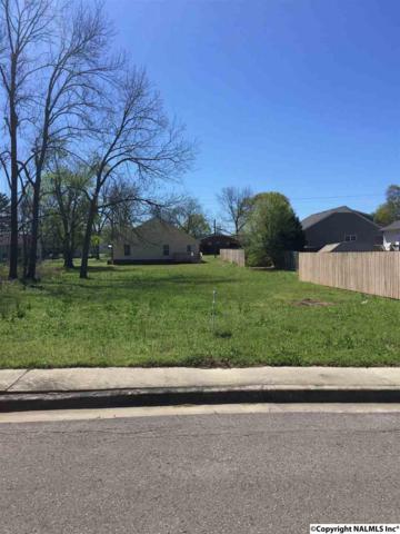 406 Pine Street, Hartselle, AL 35640 (MLS #1066242) :: Amanda Howard Real Estate™