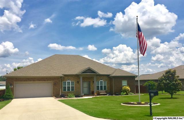 446 Bell Circle, Huntsville, AL 35811 (MLS #1070459) :: Intero Real Estate Services Huntsville
