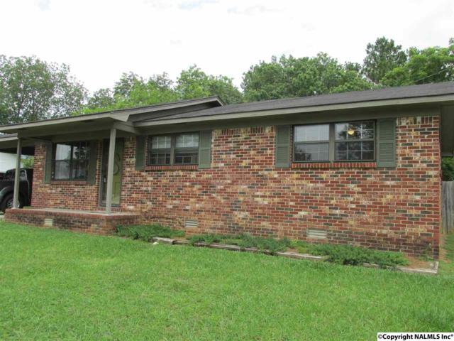 102 W Sivley Drive, Falkville, AL 35622 (MLS #1070971) :: Legend Realty