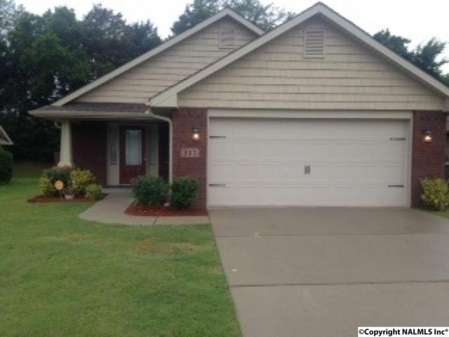 317 Dovington Drive, Huntsville, AL 35806 (MLS #1072032) :: Intero Real Estate Services Huntsville